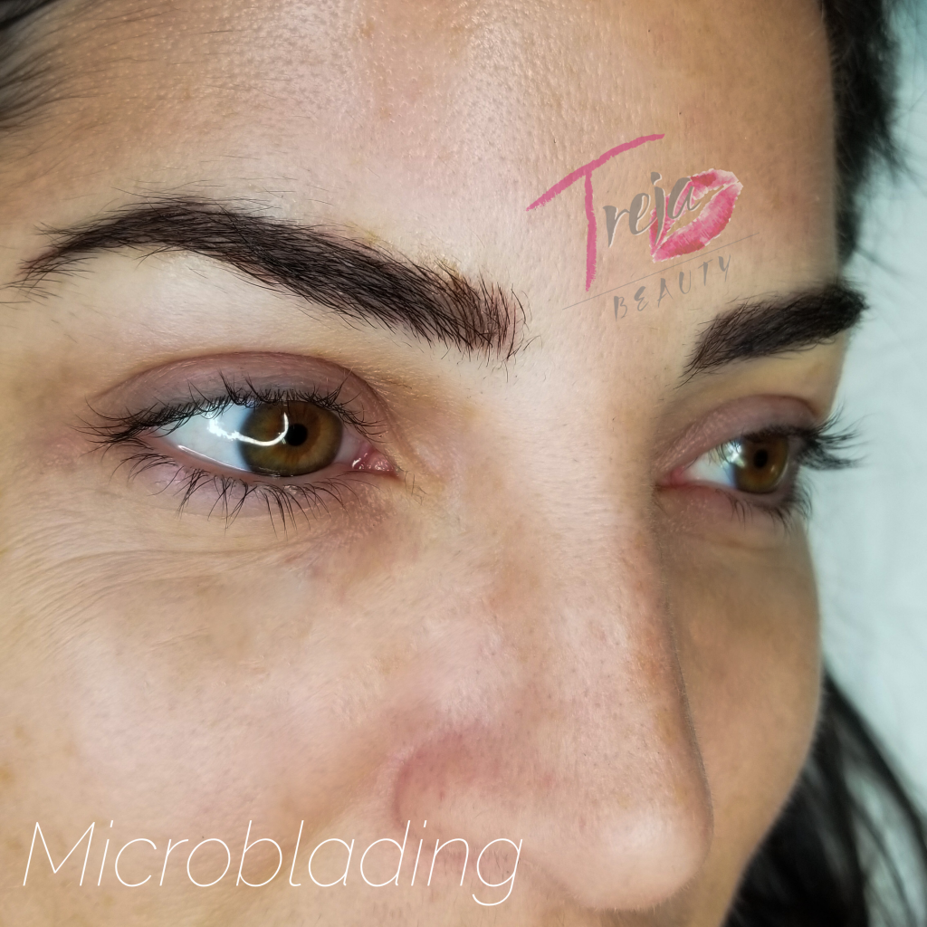 brunette microblading on a naturally full brow