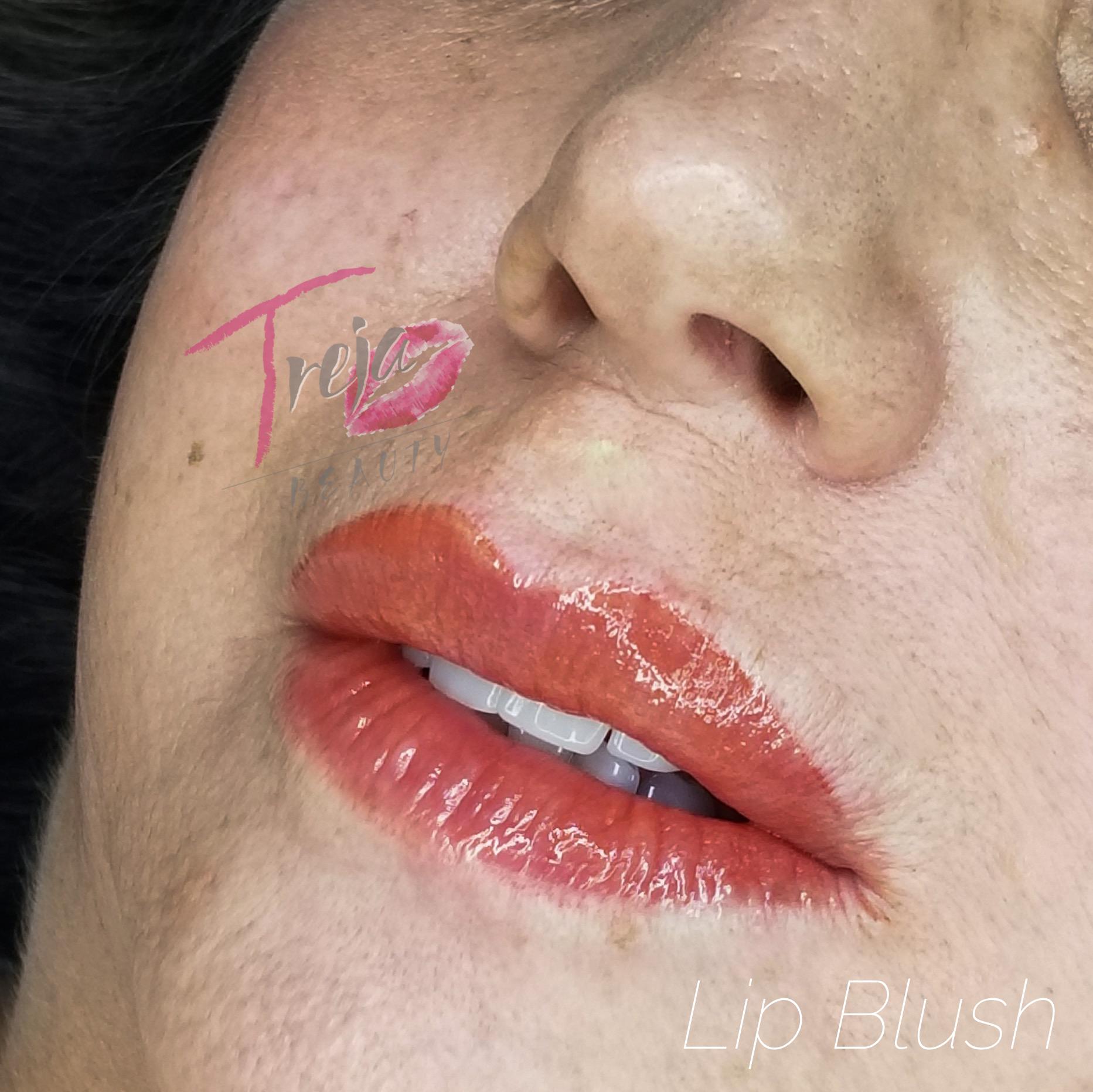 warm peachy lip blush closeup